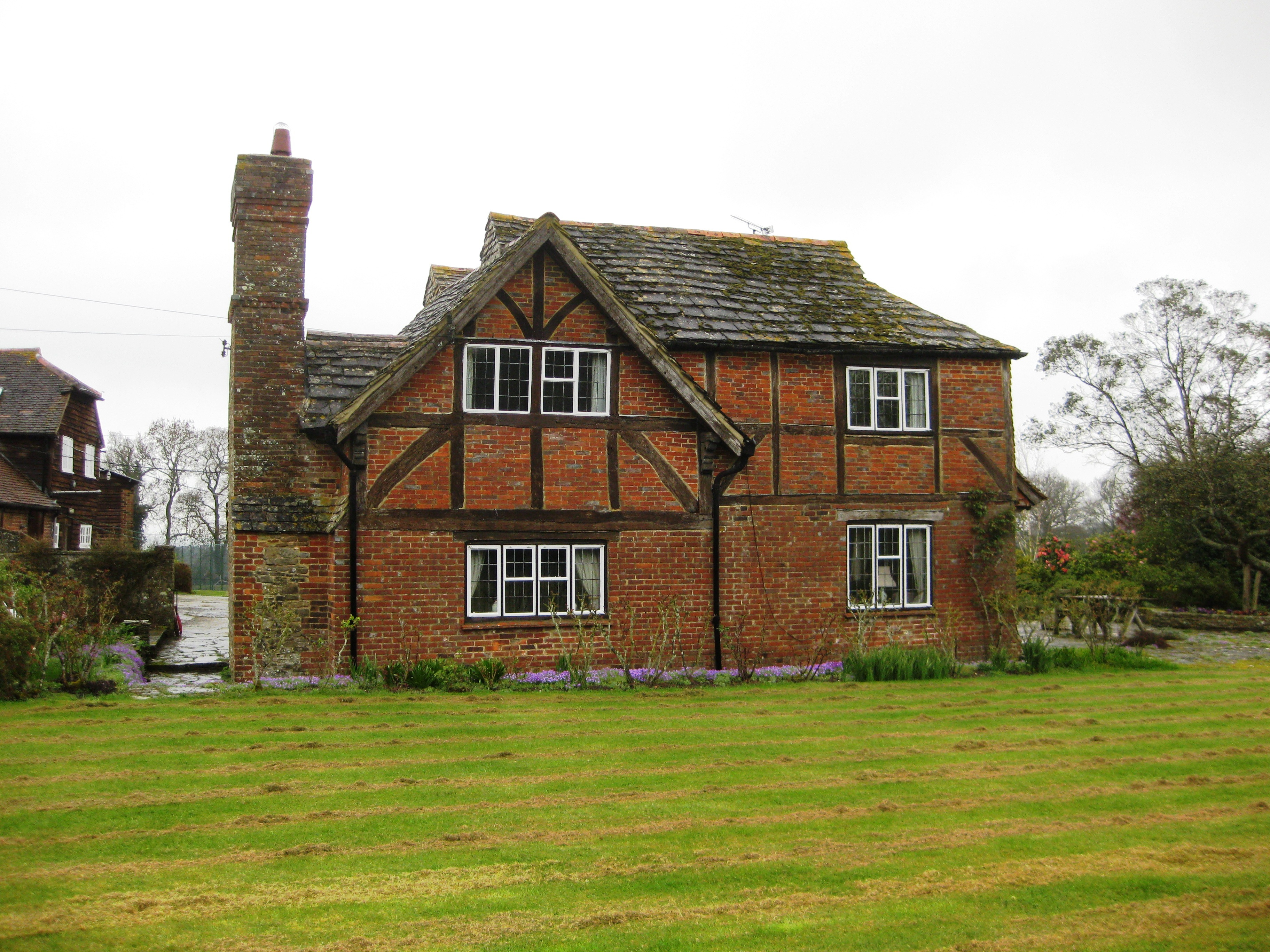 House With Chimney : Rudgwick today preservation society