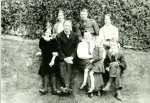 Dr Frank Boxall, GP, 1915, wife Mary, children Norman, Ken, Gladys, Eileen, Muriel, Joan
